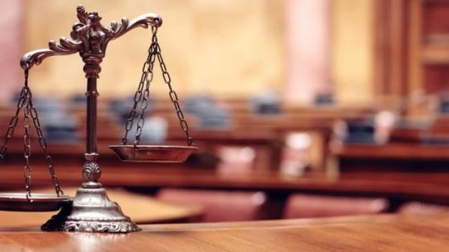 """YARGITAY KARARI : Vergi Usul Kanununa Muhalefet, Aynıtakvimyılıiçindebirdenfazlasahtefaturadüzenlemefiillerininzincirlemesuçoluşturduğu; Sahtefaturadüzenlemesuçundantemel ceza belirlenirken uygulama maddesinin hüküm fıkrasında """"TCK'nin 359/b-1"""" olarak hatalı gösterilmesi yasaya aykırıdır."""