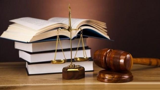 Yargıtay Kararı : 4857 Sayılı İş Kanunu'nda ise Ücret Daha Fazla Güvence Altına Alınmış Ve İşçi Ücretinin Yirmi Gün İçinde Ödenmemesi Durumunda, İşçinin İş Görme Edimini Yerine Getirmekten Kaçınabileceği Açıkça Düzenlenmiş, Toplu Bir Nitelik Kazanması Halinde Dahi Bunun Kanun Dışı Grev Sayılamayacağı Kurala Bağlanmıştır.